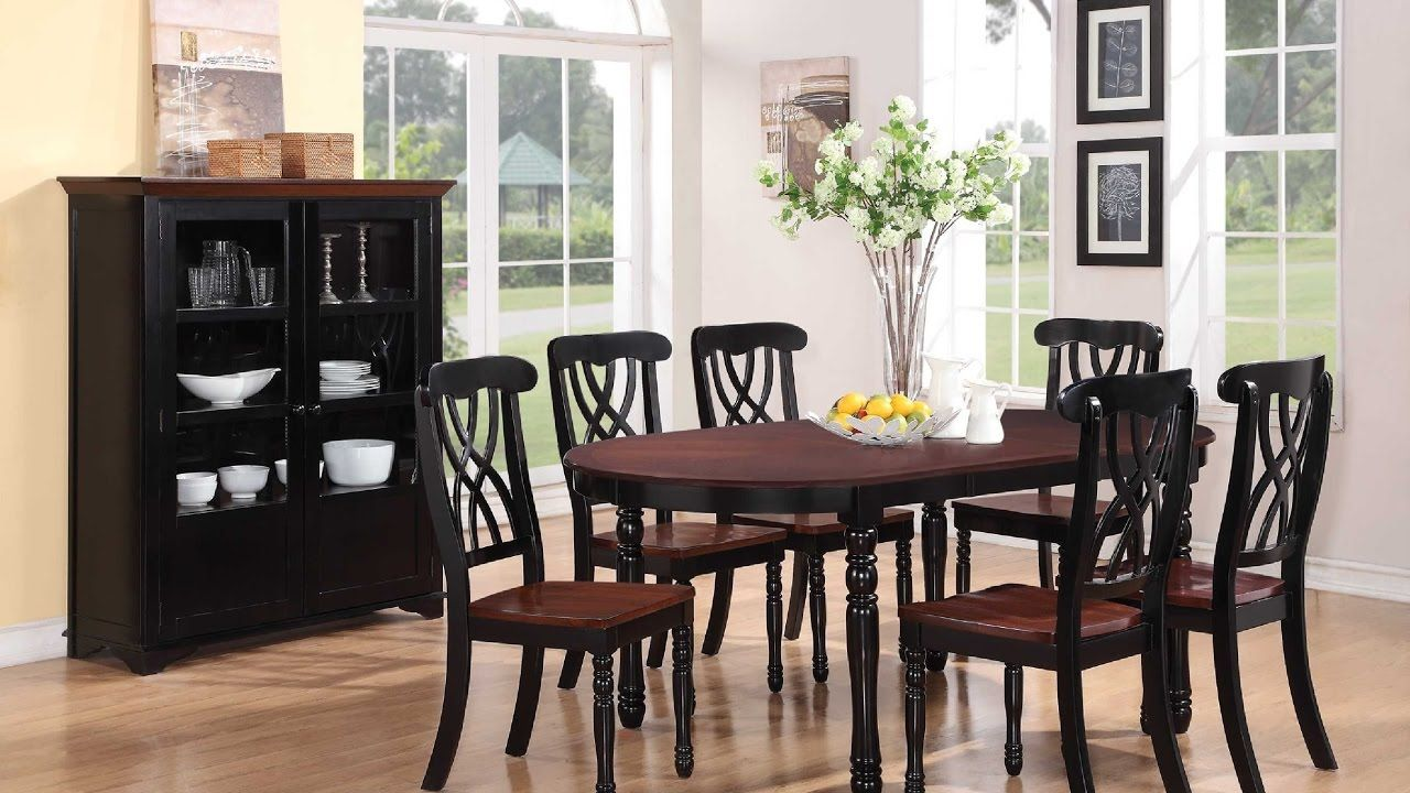 Round dining table and chairs for 4  Glass Round Dining Table  Glass Round Dining Table And  Chairs