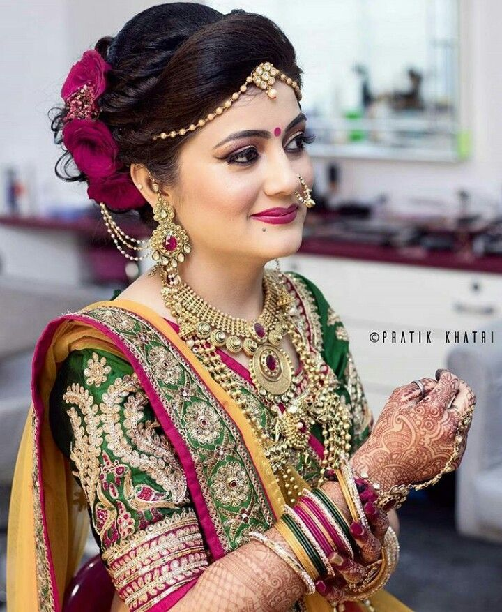 Pin By Dipender On Lovely Looks Indian Bridal Indian Bridal Hairstyles Bridal Hairstyle Indian Wedding