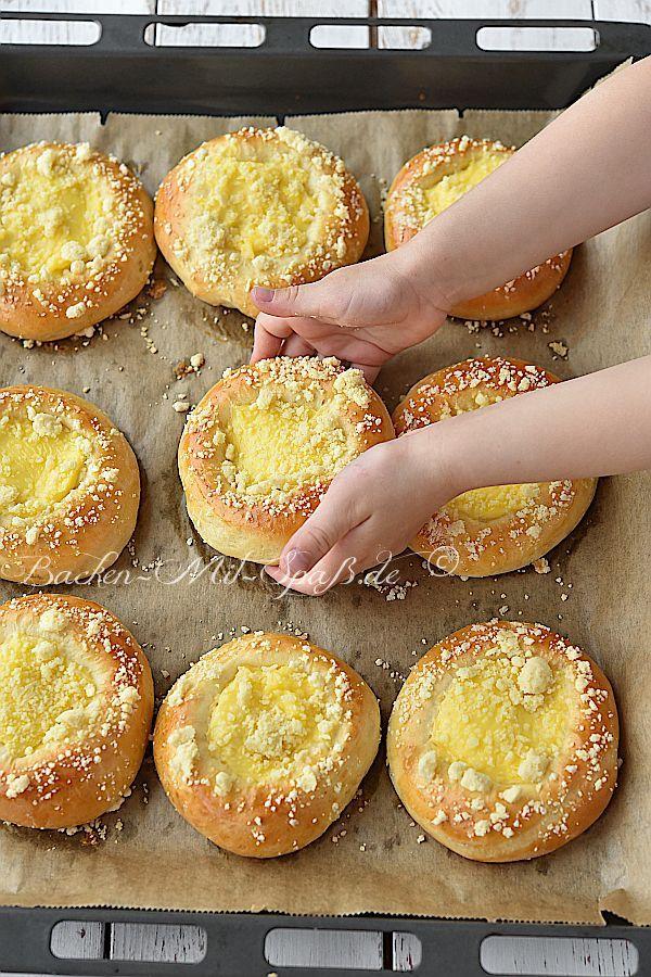Pudding-Hefeteilchen- Rezept