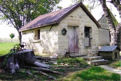 Summer Kitchen House