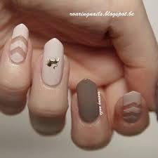 Resultado de imagen para negative space nail art