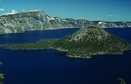 Crater Lake Volcano Eruption | Llao Rock is obsidian of dacite composition. It erupted from Mount ... #craterlakeoregon Crater Lake Volcano Eruption | Llao Rock is obsidian of dacite composition. It erupted from Mount ... #craterlakeoregon