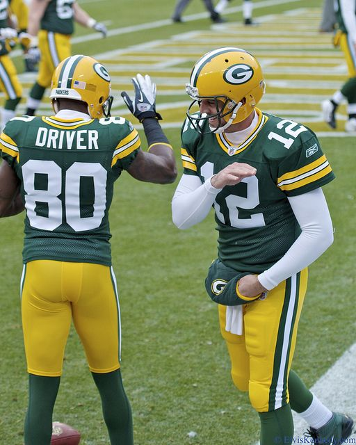 Donald Driver And Aaron Rodgers With Images Green Bay Packers Football Donald Driver Green Bay Packers Cheesehead