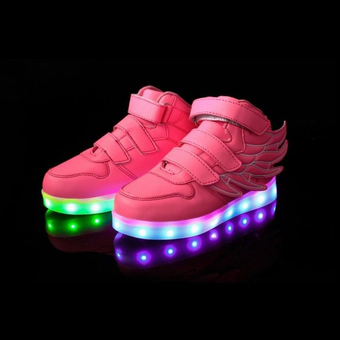 rose chaussures qui s 39 allument enfant chaussures lumineuses pinterest chaussures. Black Bedroom Furniture Sets. Home Design Ideas