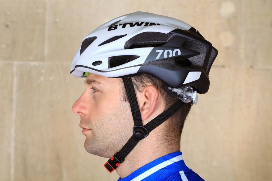 Btwin 700 Road Cycling Helmet Bike Helm Helm Radsport