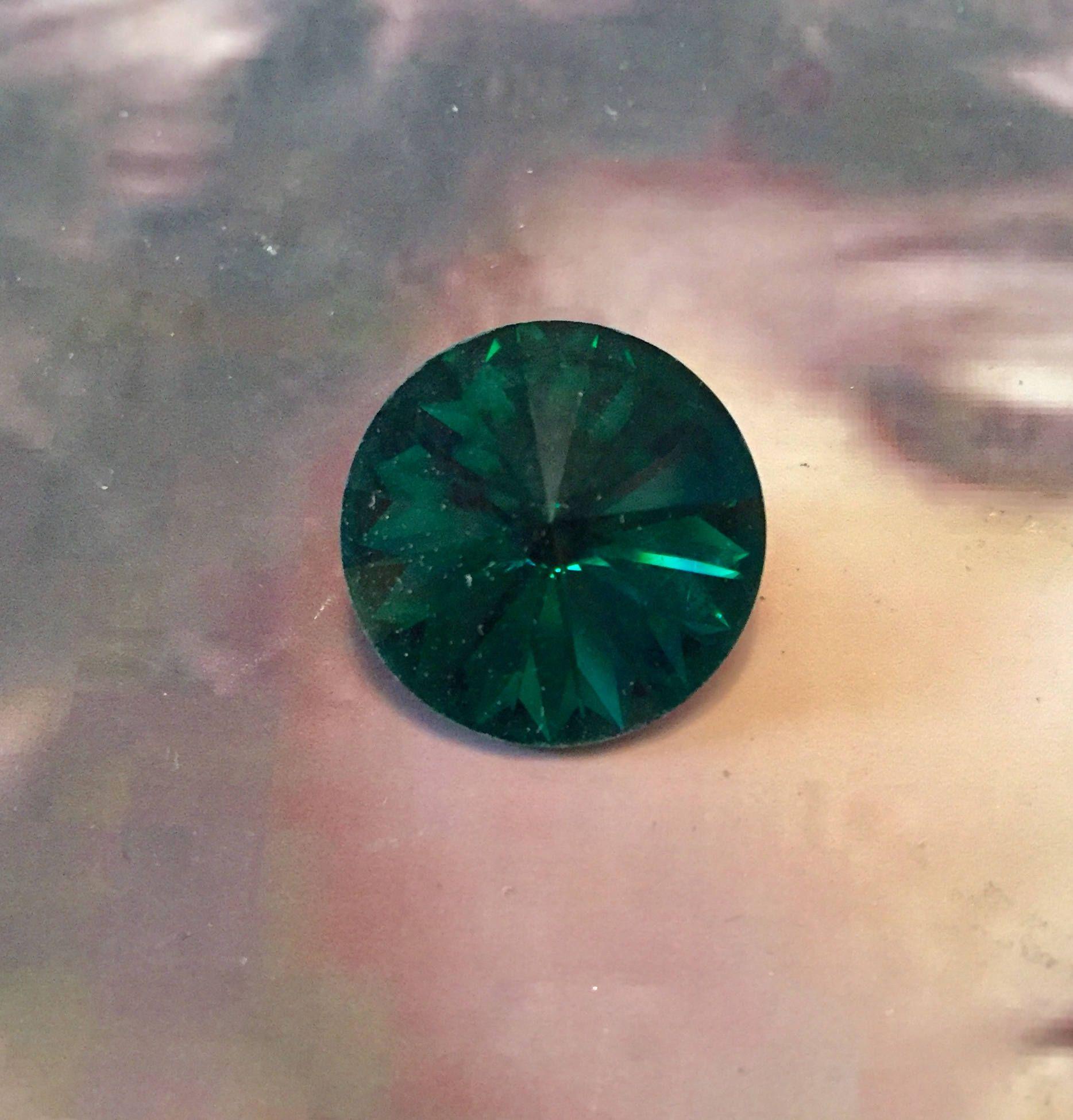 Vintage Swarovski 18mm Emerald Rivoli Crystal 8212GRN x2 by dimestoreemporium on Etsy