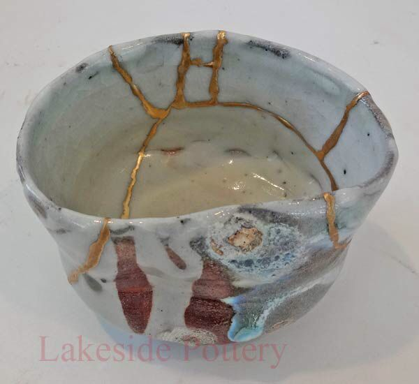 Image from http://lakesidepottery.com/Media/JPG_Images/kintsugi-gold-and-lacquer-broken-pottery-repair/woodfired-kintsugi-teabowl-5x3.jpg.