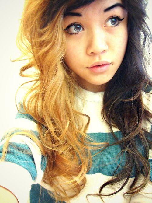 Half Blonde Half Black Hair Hair Makeup Hair Inspiration Big Hair