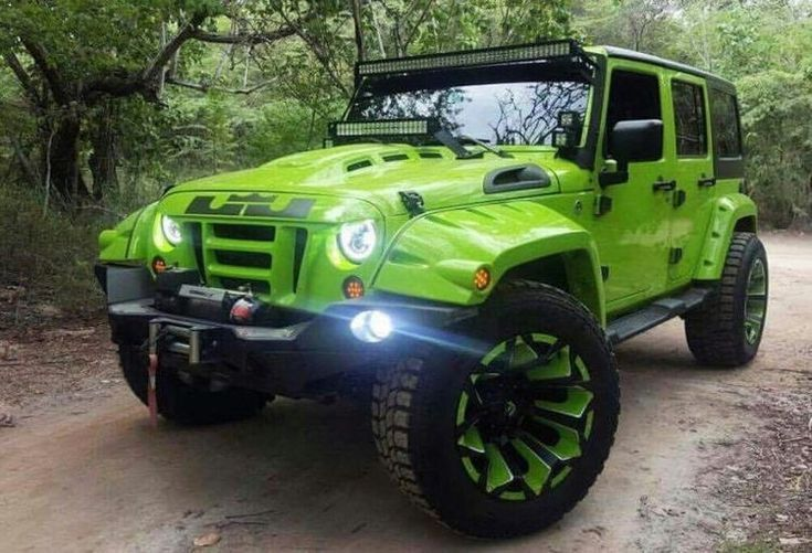 20 Off Road Jeeps That Can Not Travel Across The Road But Can Cross The Dessert Jeeps Offroad Green Jeep Green