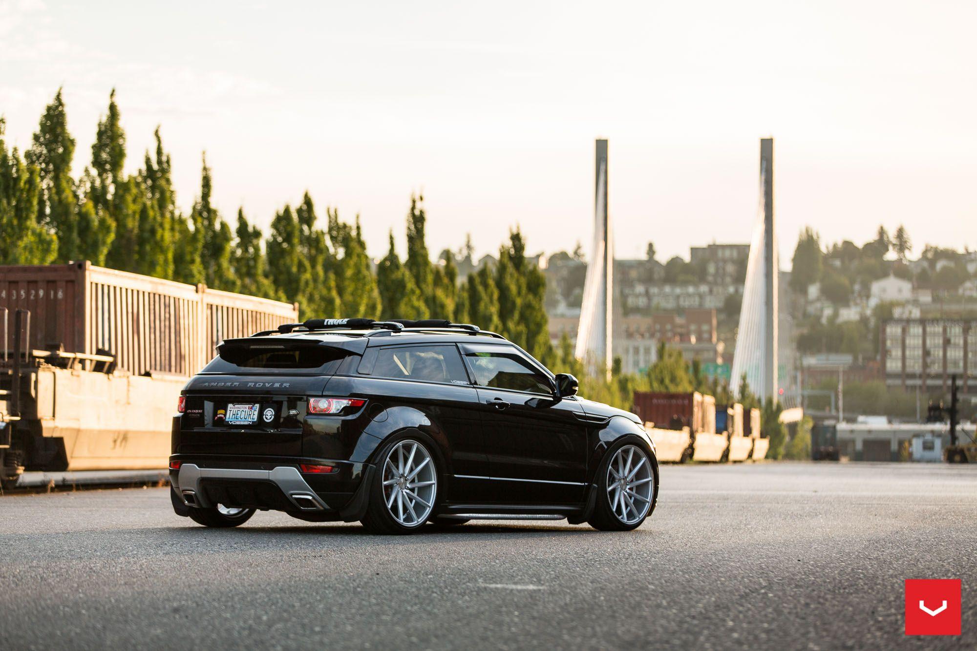 Range Rover Evoque on Vossen CVT в 2020 г
