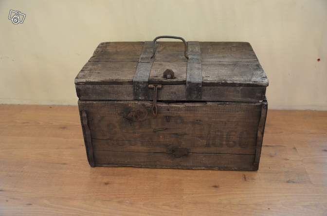 ancienne malle américaine en bois et métal. leboncoin junkshop