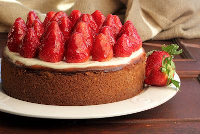 Exquisite Strawberry Glazed Cheesecake~