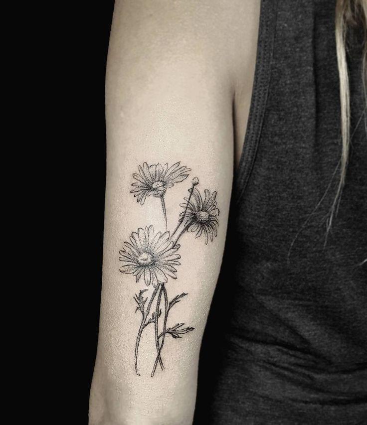 Small Daisy Tattoo: Daisy Tattoo Designs, Small