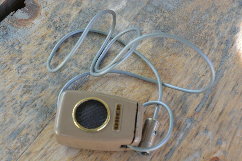 OLD VINTAGE DESKTOP DYNAMIC MICROPHONE UHER Made in