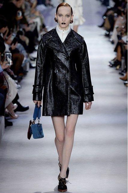 Christian Dior Autumn/Winter 2016-17 Ready-To-Wear Paris Fashion Week