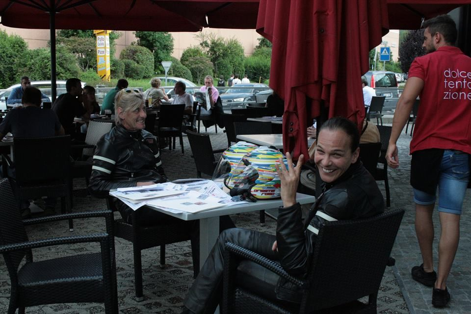 Another pic of Emerson and Valeria in Mendrisio,Switzerland!I hope to see this episode soon!