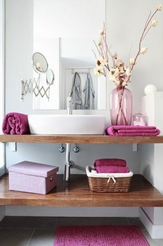 appealing bathroom decoration | What's more appealing, the open shelving, or accent color ...