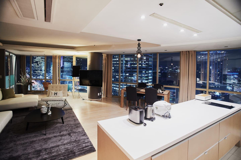 Luxury Amazing View 10sec Subway Apartments For In Gangnam Gu