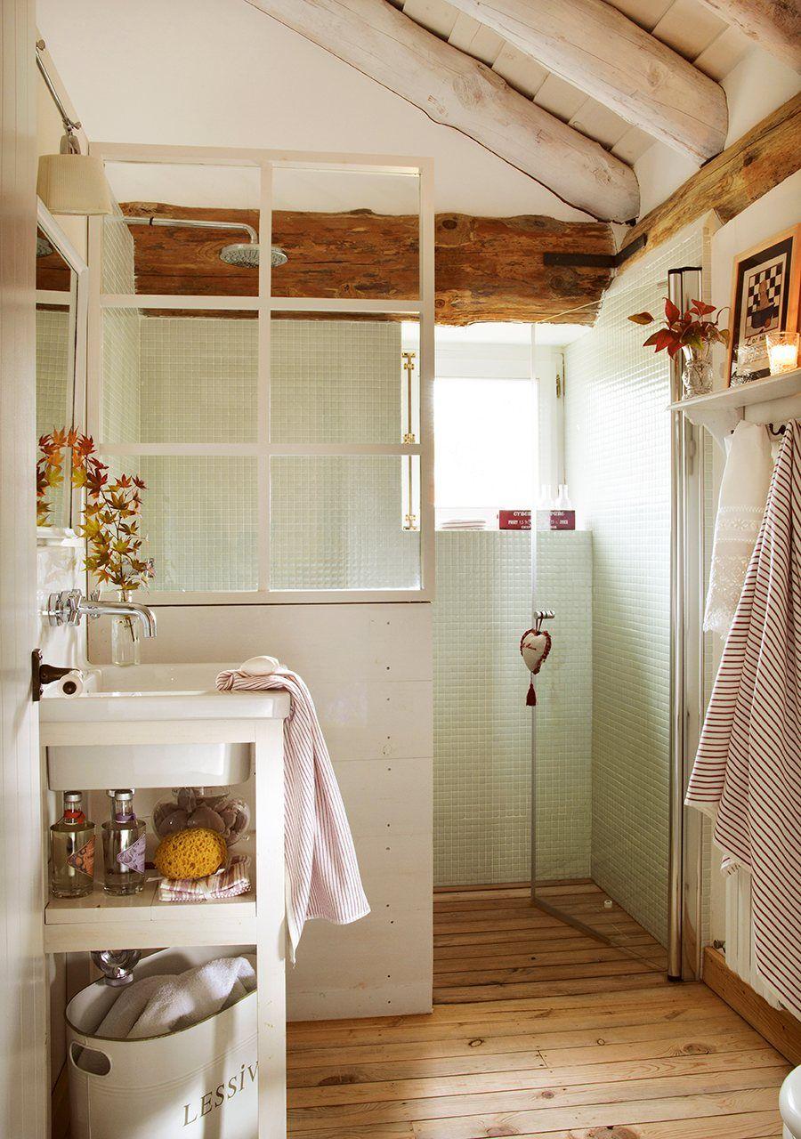 Más luz en el baño con cristal y blanco | Bath, Antique windows and ...