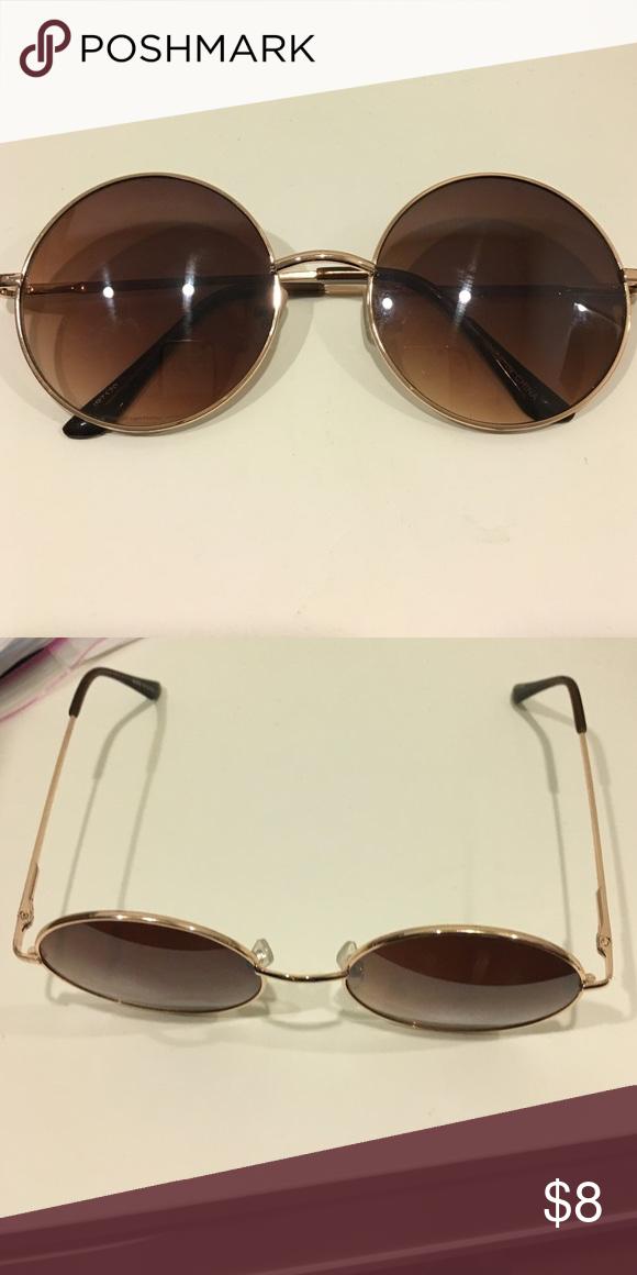 55767925b8 Cute Round Retro Sunglasses Super cute retro round shaped sunglasses where  the frame is in a pretty rose gold color