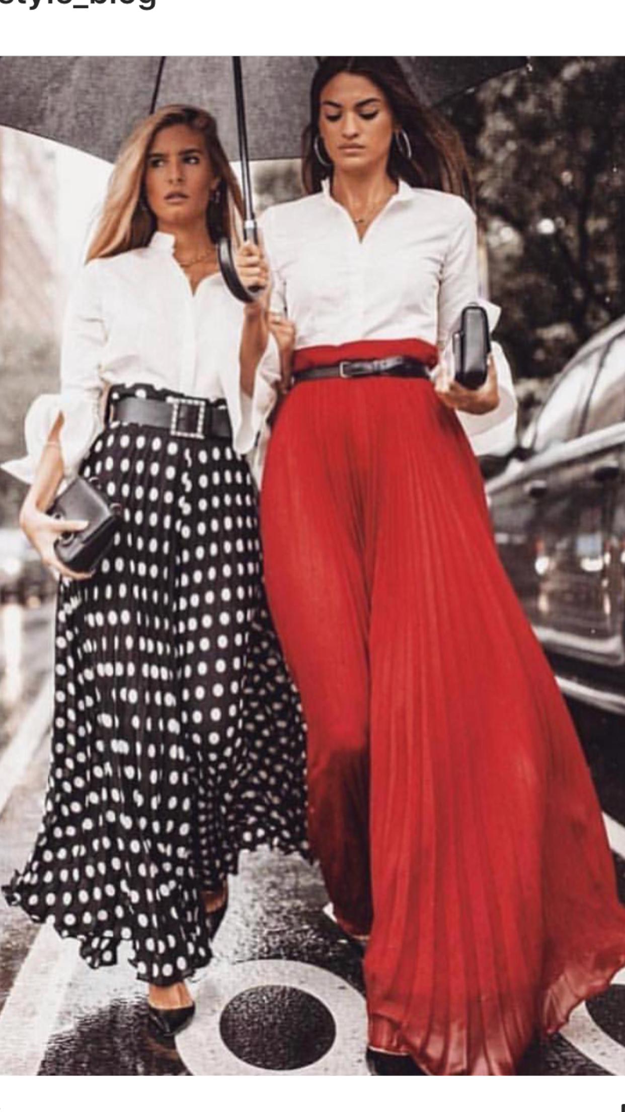 aadd98cdd0e Blusa y falda plisada larga con cinturón. | rayas en 2019 | Faldas ...