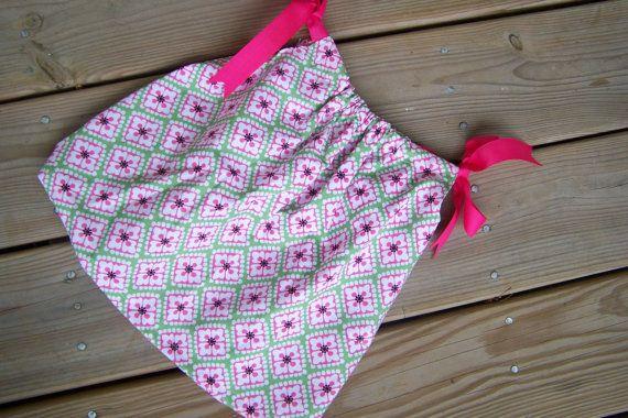 Infant Aline Pillowcase Dress Size 3-9 months. Can be worn as a shirt & Infant Aline Pillowcase Dress Size 3-9 months. Can be worn as a ... pillowsntoast.com
