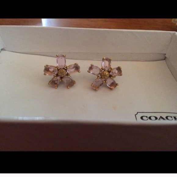 Beautiful coach earrings Beautiful coach earrings Coach Jewelry Earrings