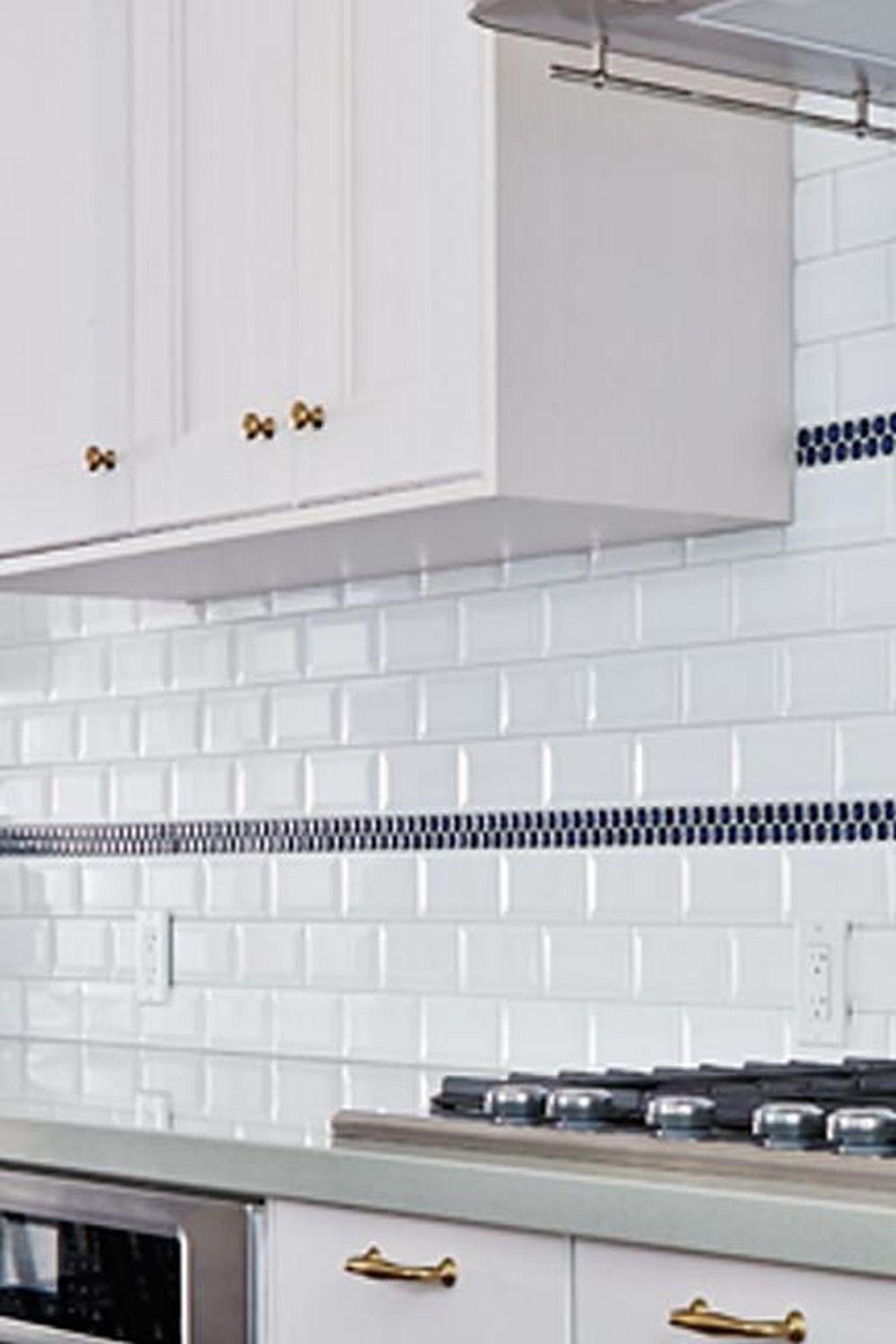 30 Lovely White Kitchen Backsplash Design Ideas Backsplash