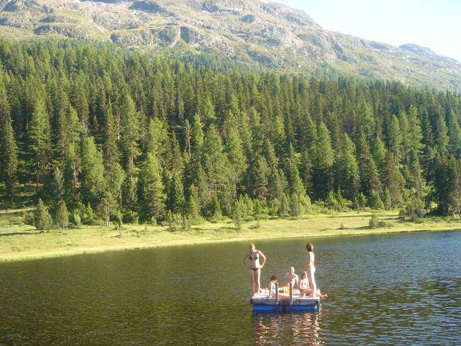 Unser schöner #Stazer Badesee, hat im #Sommer 21grad und lädt zu einem Bad ein. www.lejdastaz.ch
