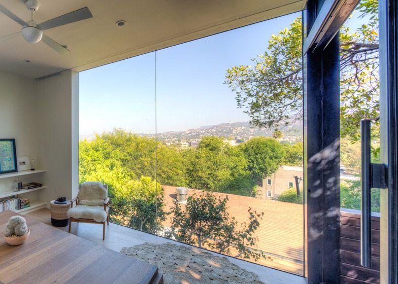 Black Box Writing Studio Overlooks The Los Angeles Landscape | Black ...
