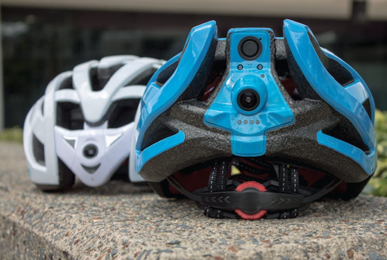 Dualcamera helmet gives cyclists eyes in the back of