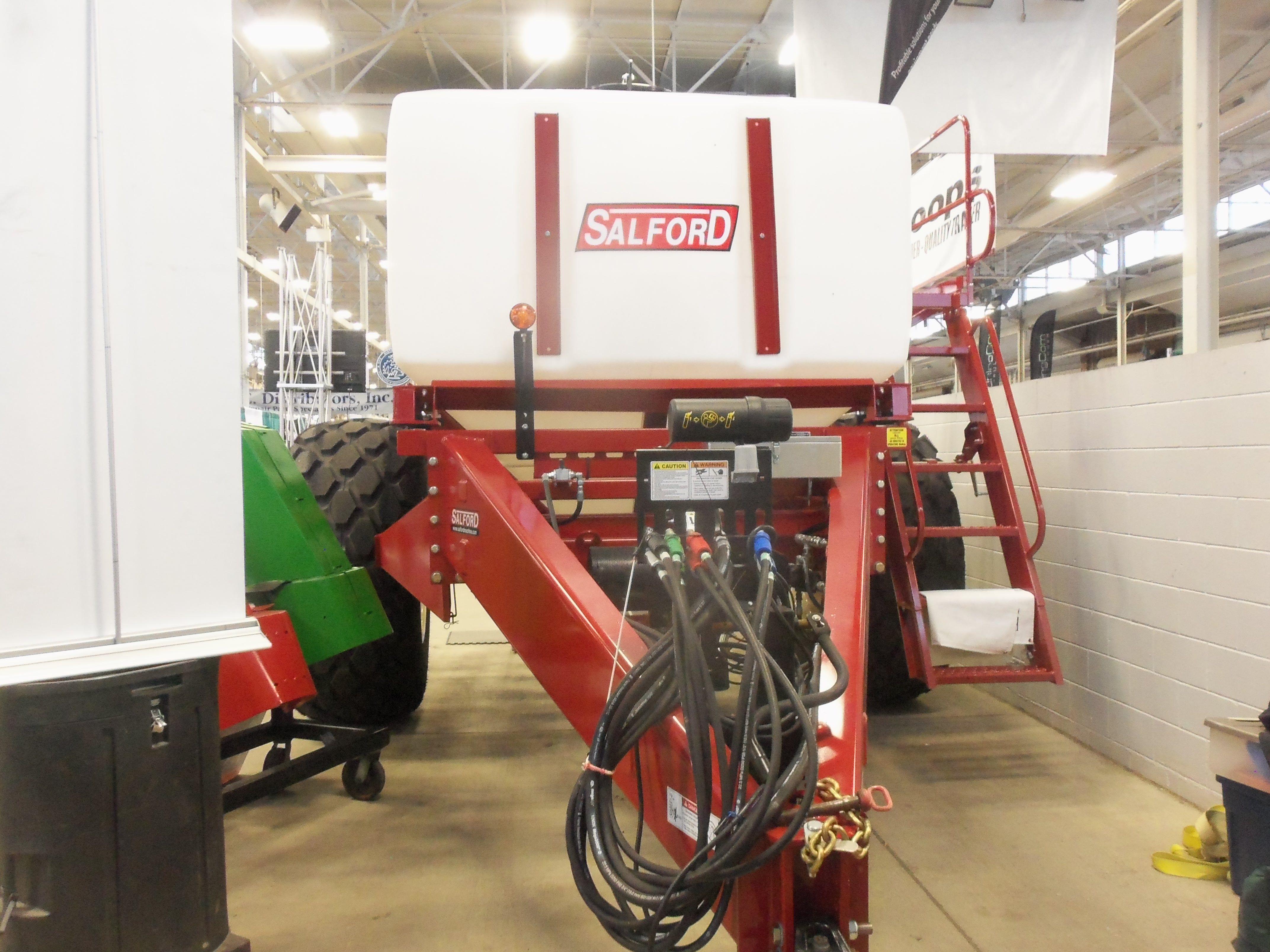 Big Salford AC1000 air cart tank Farm Equipment Gym