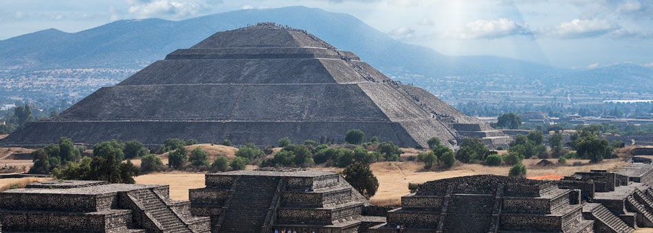 The First Pyramid I Ever Climbed Great Pyramid Of The Sun At Teotihuacan Aztec Ruins Mexico Mexico City Tours Mexico Tours Mexico City Tourist