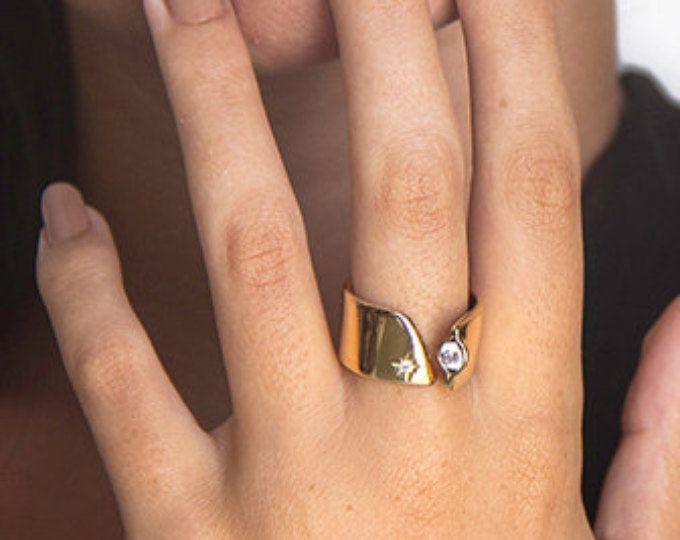 Unique Wedding Band Women Gold Diamond Wedding Ring Women Wide Wedding Rin Diamond Wedding Rings Women Nontraditional Engagement Rings Unique Wedding Bands