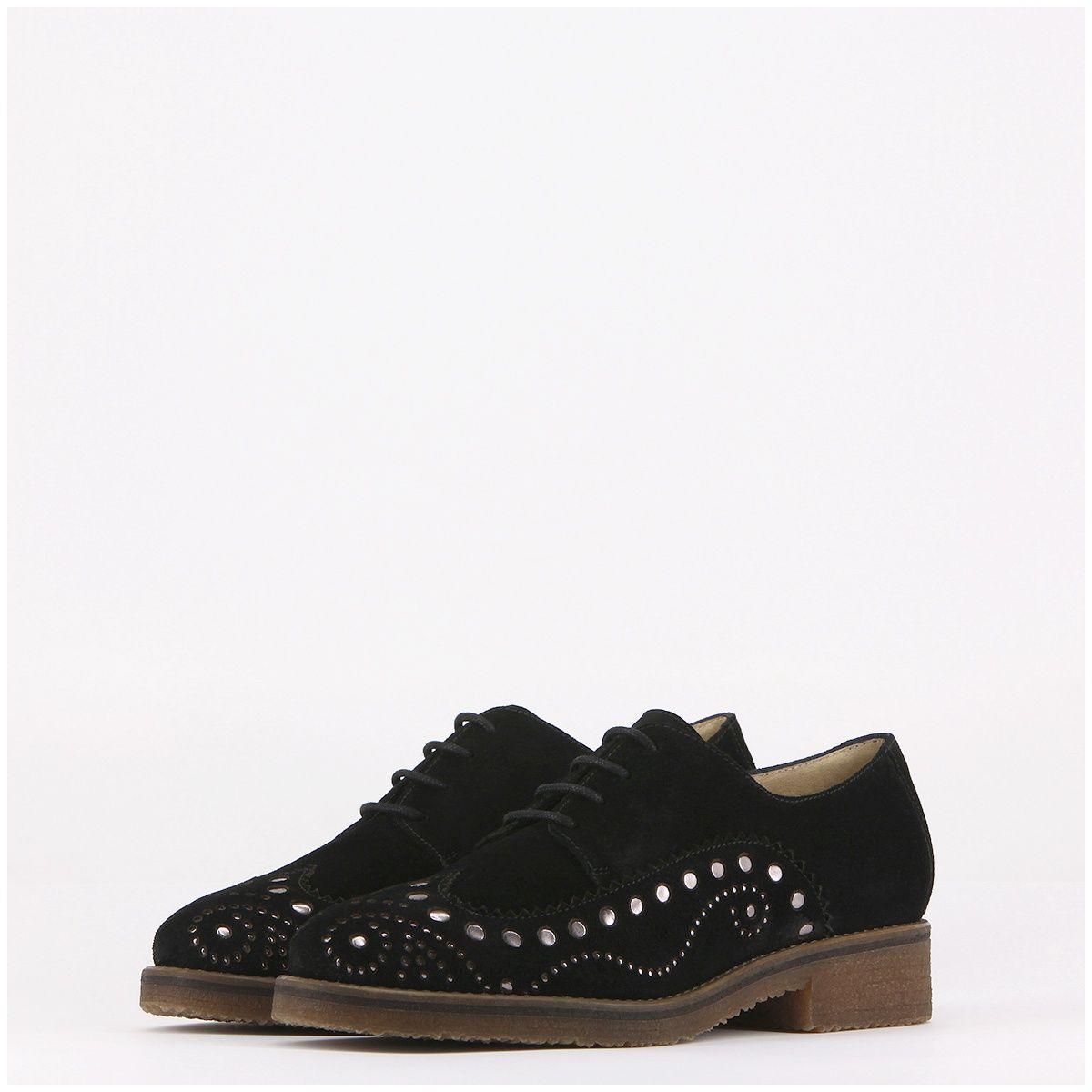 Zapato oxford venus en serraje negro con picados BjrB200r