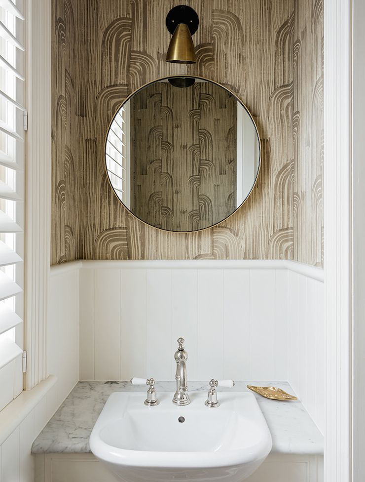 Shutters powder room arent and pyke design - Interieur eclectique maison citiadine arent pyke ...