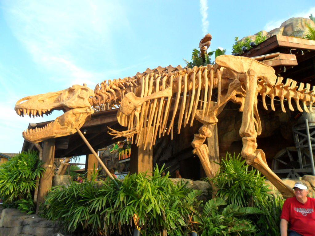 "Disney World ""Downtown Disney Dinosaur Restaurant Disney"