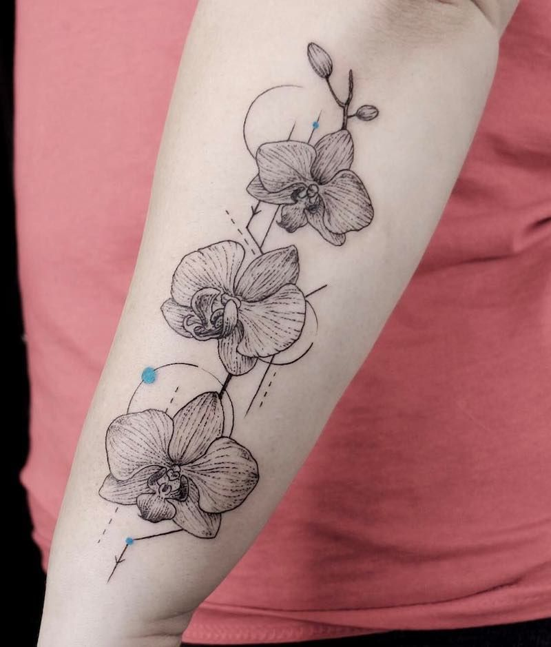 Pin On 117 Of The Best Flower Tattoos