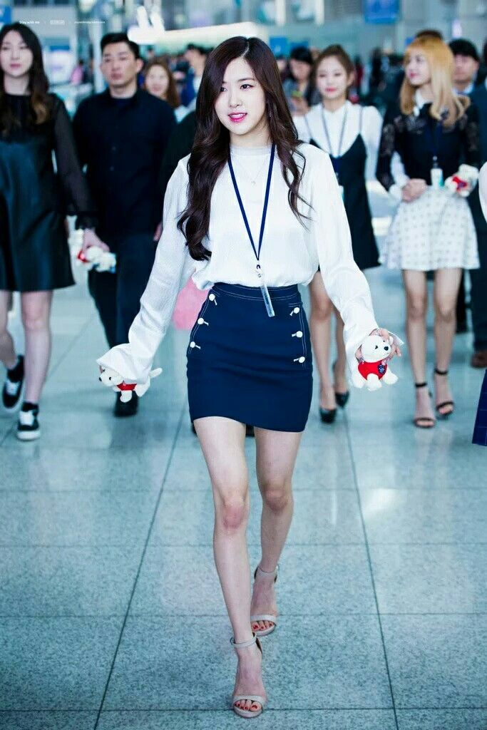 Rose #BLACKPINK | BLACKPINK | Pinterest | Blackpink Kpop and Airport fashion