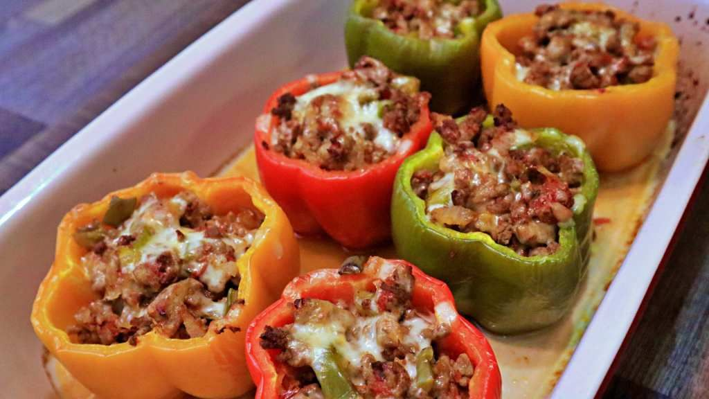 Keto Stuffed Peppers Recipe - Diagonal #bellpepperrecipes