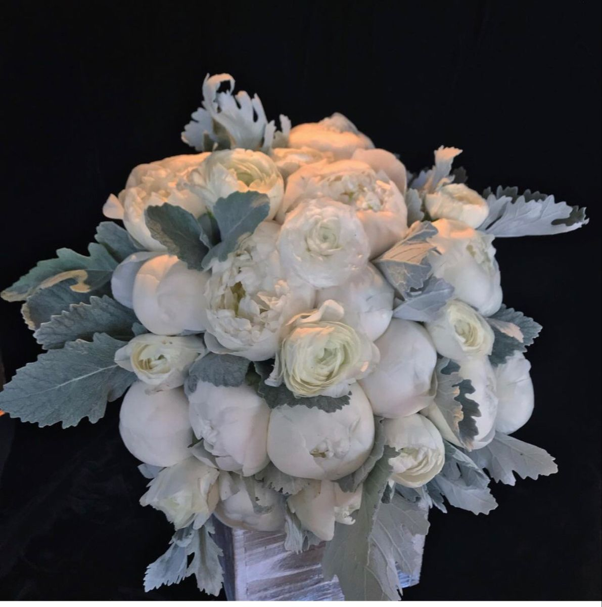 Bridal Bouquets In 2020 Bridal Bouquet Wholesale Flowers Wedding Wedding Flowers