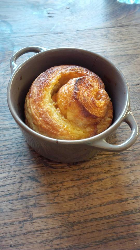 Pâte à croissants, roulé avec vergeoise beurrée | Pâte à croissant, Plats faits maison, Recette ...