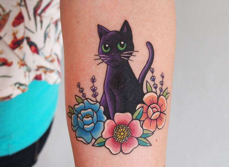 Black Cat With Flowers By Jessica Channer At Tattoo People Toronto On Imgur Black Cat Tattoos Cat Tattoo Designs Cat Tattoo