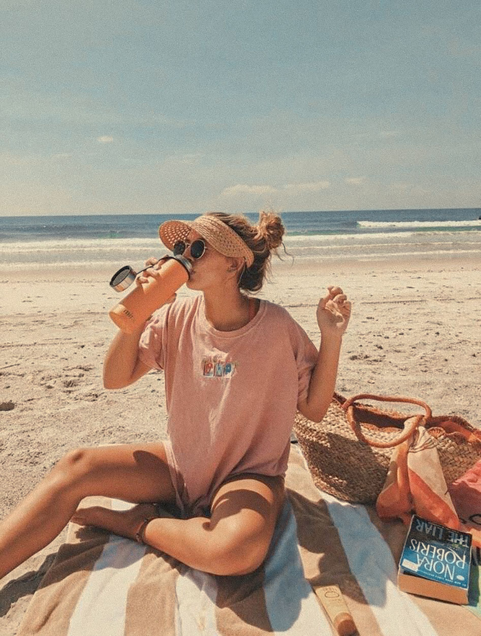 4 Soft Tones Presets Mobile Presets Mobile Filters Summer Presets Lifestyle Presets Cozy Presets Presets Vintage In 2021 Beach Outfit Beach Photoshoot Women S Summer Fashion Girly beach vibes girly cute vintage