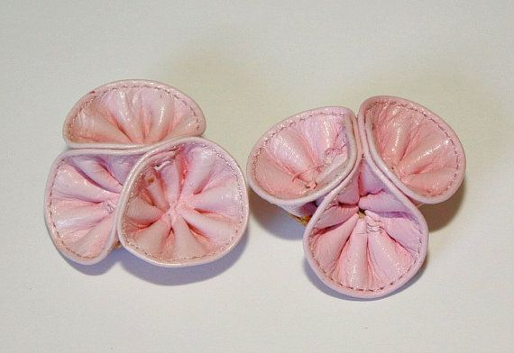 Nice Vintage Pink Leather Shoe Clips / by estatesalegems on Etsy, $3.85