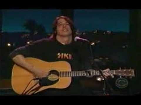 Dave Grohl-Tiny Dancer - me diz se não tenho razão de amar esse cara! Sério!!! Divino!