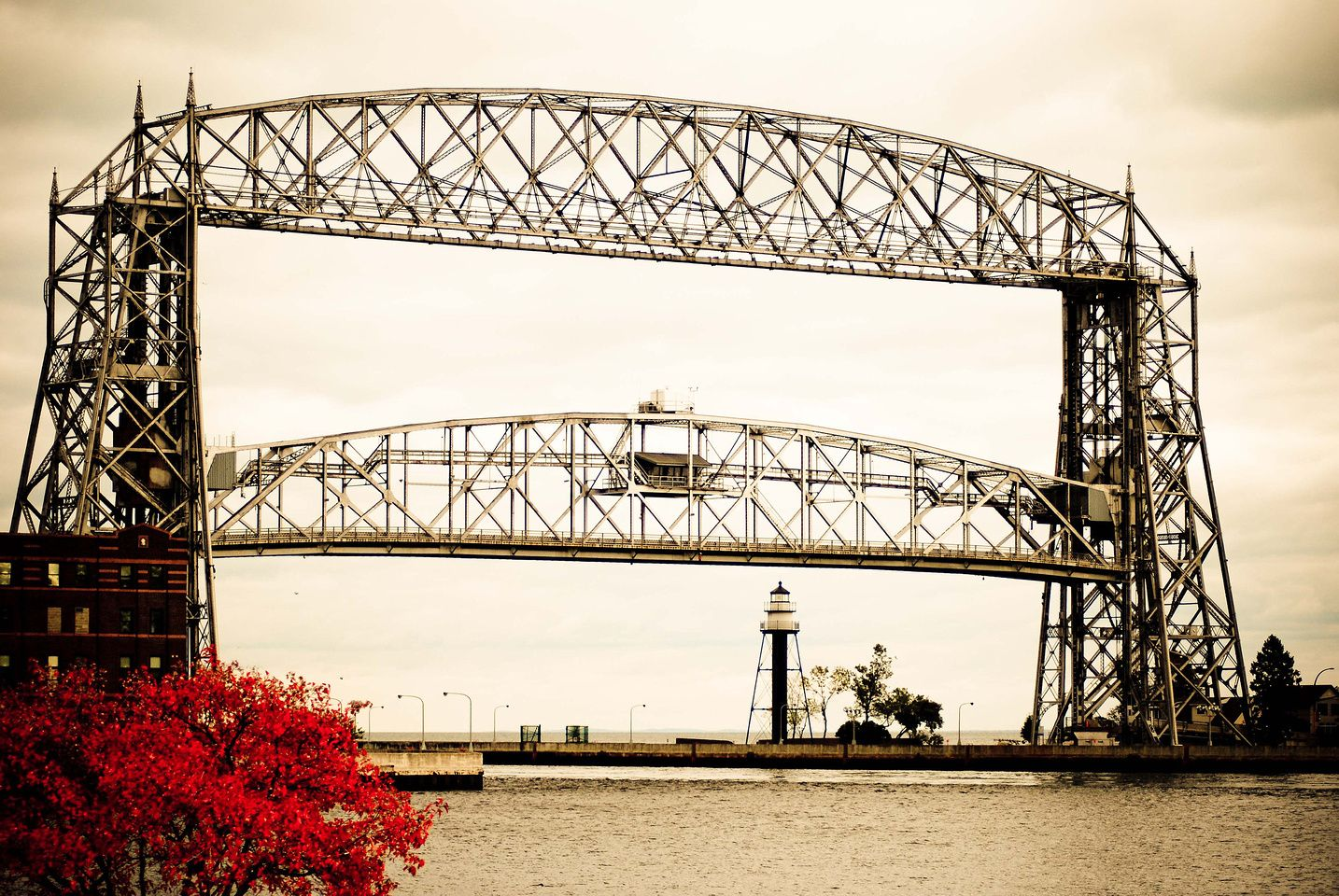 Aerial Lift Bridge In Duluth Minnesota Photos For Sale At Www