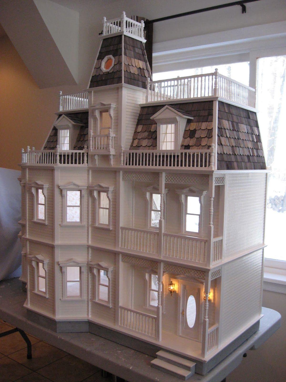 Newport dollhouse