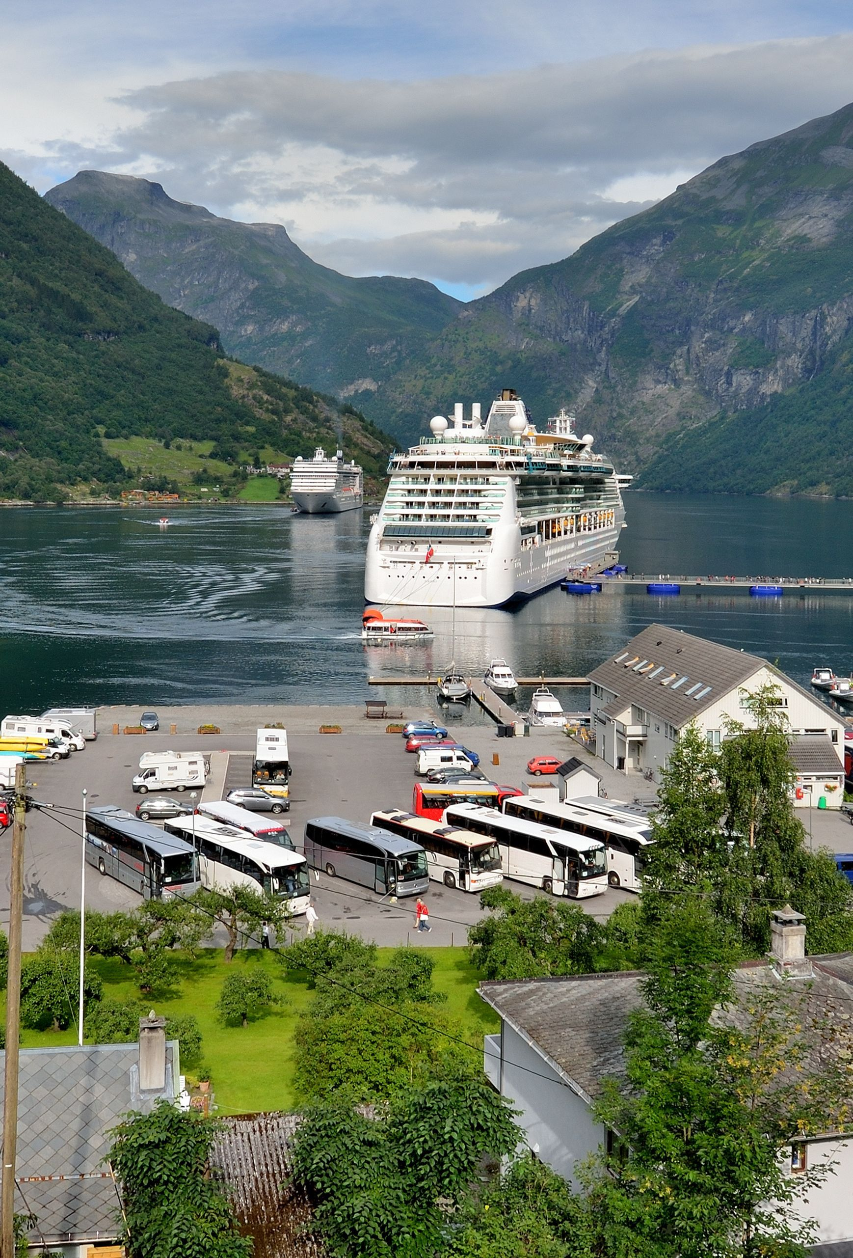 Cruising In Norway 10 Top Notch Norwegian Destinations Norway Cruise Norway Travel Norway Fjords