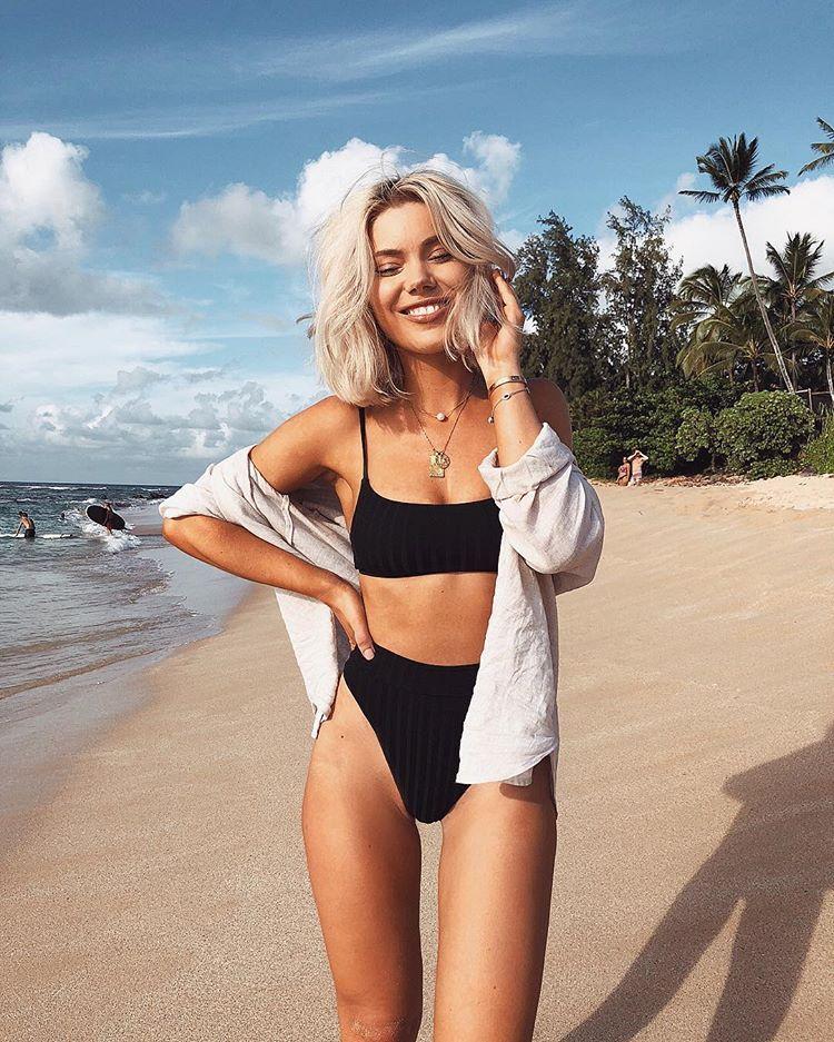 Pin By Morgan Reid On Vacation In 2020 Cute Bathing Suits Cute